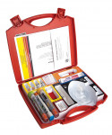 Figure 1  The SM-Series Emergency Medical Kit is an innovative, complete, all-encompassing emergency aid kid for dental professionals, with the supplemental option of a dedicated oxygen tank.